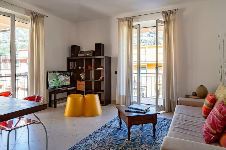 Rainbow Family Apartment in Santa Margherita