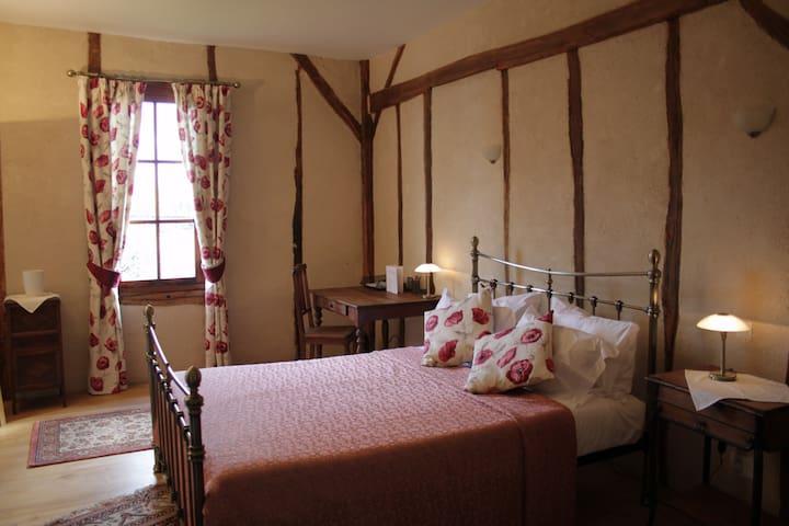 La Maison des Tanneurs B&B - Room 2 - Confolens - Bed & Breakfast