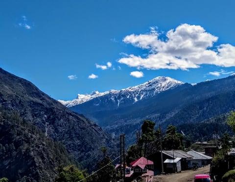 Avinta Himalayas Room 1