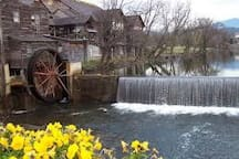 Old Mill Restaurant in Pigeon Forge