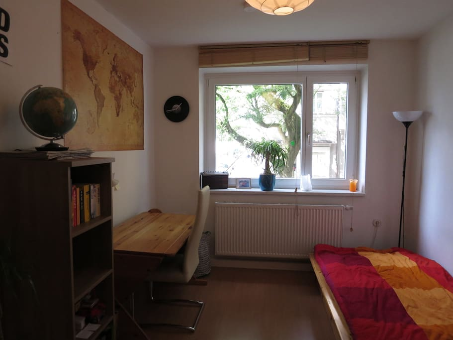 Sch nes zimmer in optimaler lage apartments for rent in for Augsburg apartments for rent