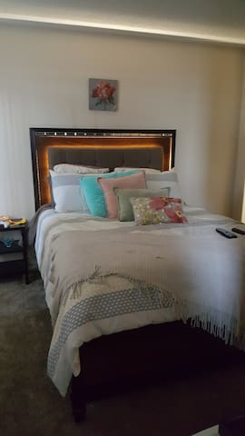 Cozy room in Indio - Indio - Appartamento
