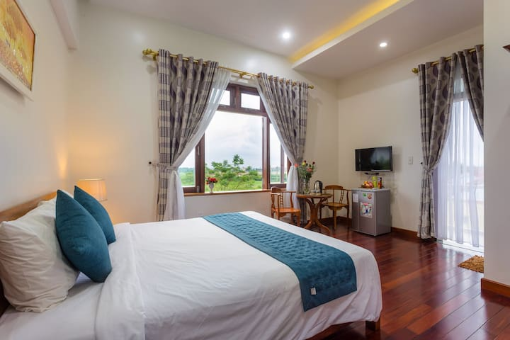 Double Room Field View - Natural Beauty