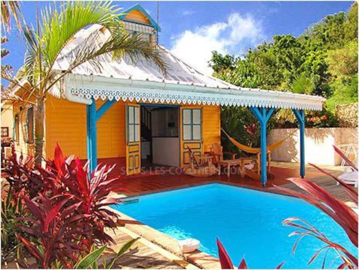 Villa typique créole confort piscine au calme wifi