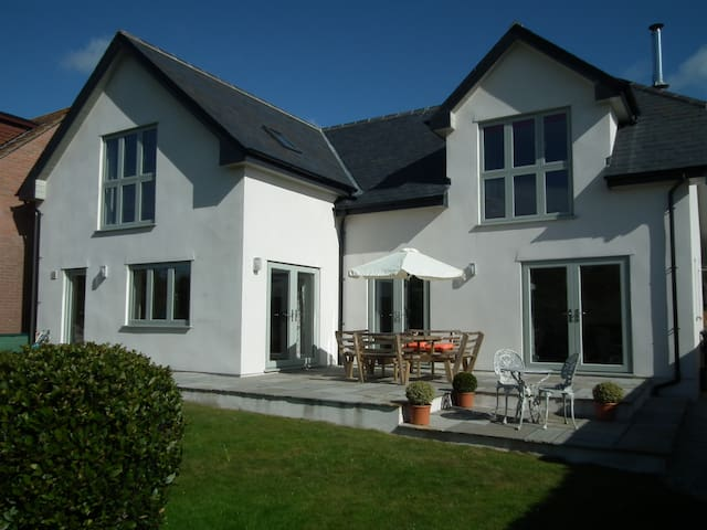 Stunning and Spacious New Purbeck Home
