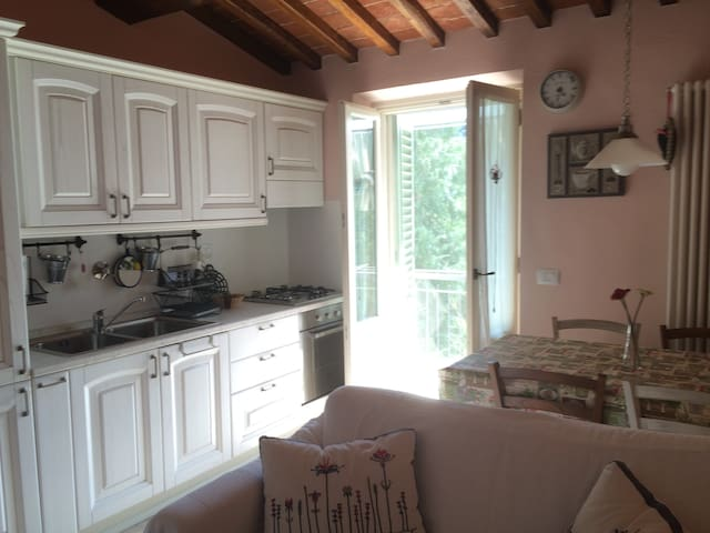 Cozy flat around Chianti hills - Sambuca - Apartment