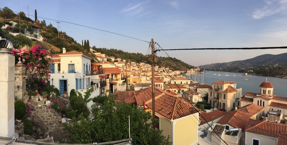 Boutique studio in the heart of Poros (casa Dona)