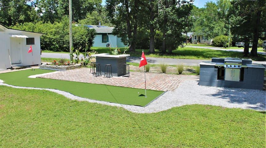 Golfer's Paradise in Charleston!