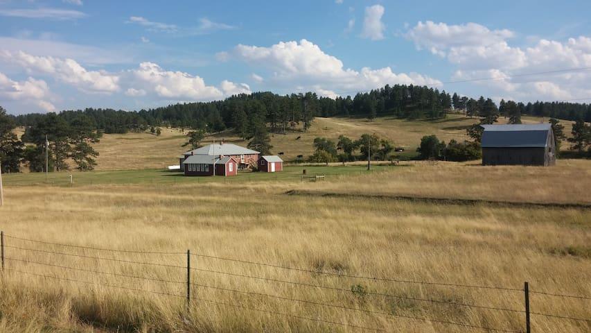 Idyllic Montana Get-Away, Great for Groups