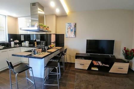 ''Alexandra'' Luxury Apartment