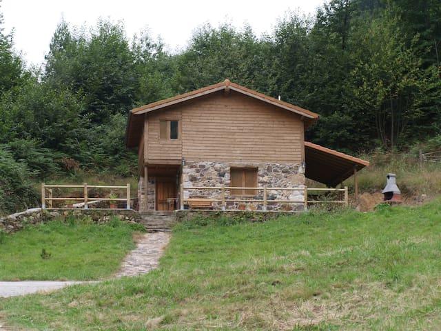 Cabaña para disfrutar de la tranquilidad - Poles - Hus