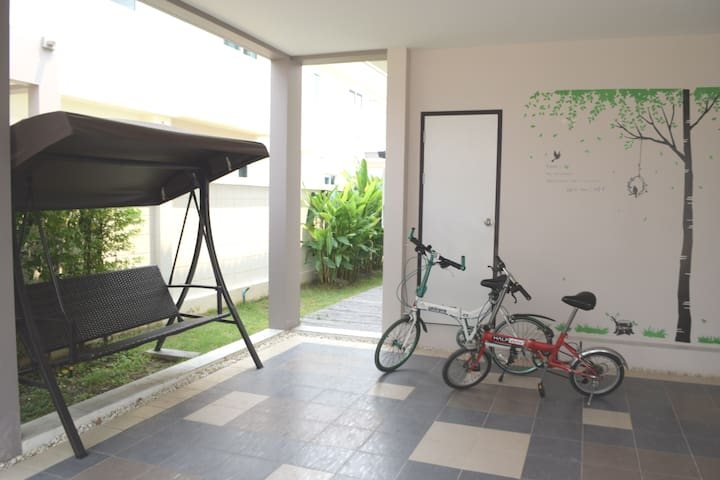 Yenghaw's Home 一樓有孝親房,全套廚具,獨享全棟花園別墅,三房二廳二衛,安全無干擾