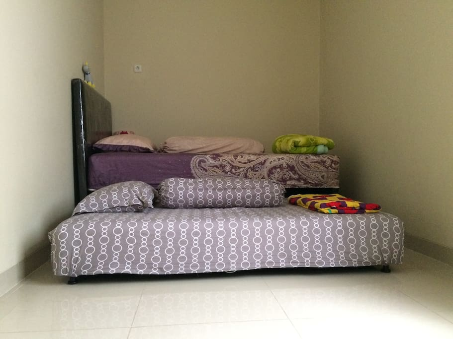 Bed room (Each Bed Size 120 x 200m)