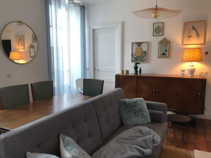 Appartement Calme et Lumineux, plein centre PAU