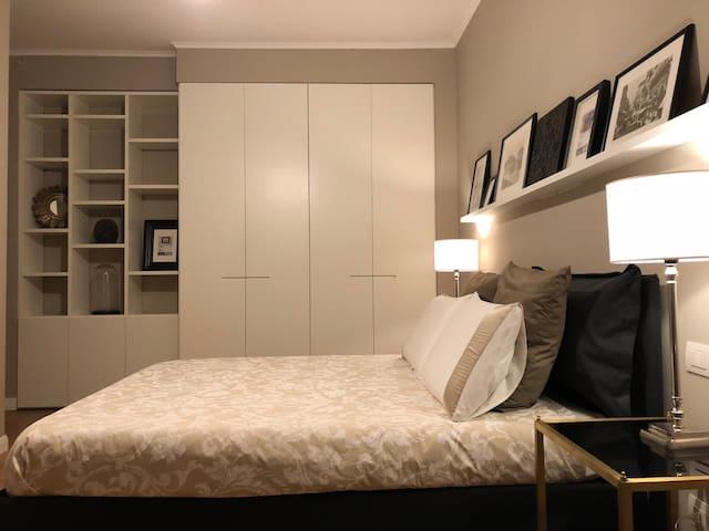 Private bedroom - Corso Sempione, Arco della Pace