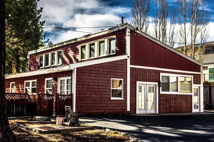 Stunning home for 32 in the heart of Big Bear!