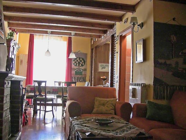 elegante e luminoso appartamento 10km da Roccaraso - Castel di Sangro - Leilighet