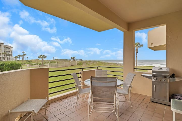 Beautifully Appointed Ground Floor Beach Front Condo