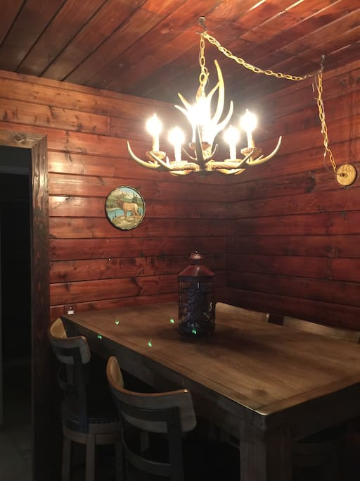 Our cabin like ambience adds to the cozy vacation setting.