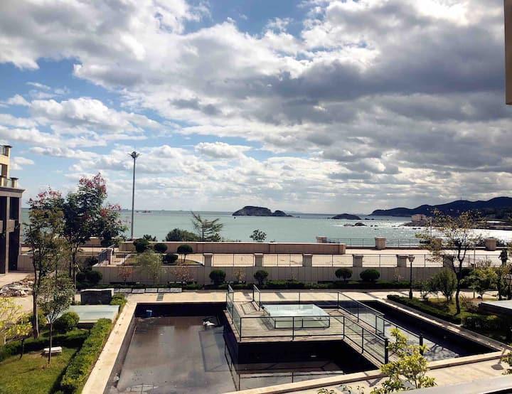 【小时光】床上看海 一线海景 半月湾/刘公岛/家电齐全