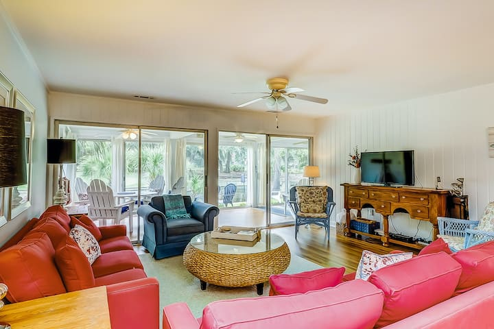 Updated, waterfront condo w/ amazing lagoon & golf views from the sun room