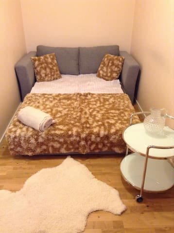 Furnished room in newly renovated - Estocolm - Casa