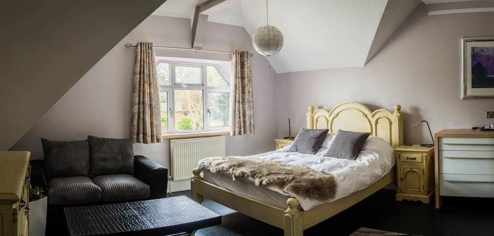 Harlestone Retreat - Double Room