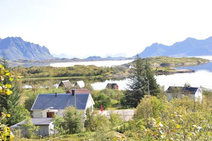 Vaterfjord med utsikt og kort vei til Svolvær