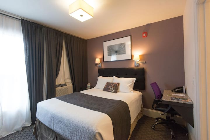 The Camas Mini-Suite Room Portland-Vancouver