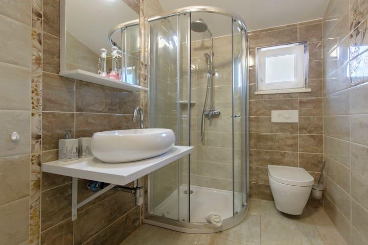 Amazing new apartment in Kaštela, near Split (A2) - Kaštel Lukšić - Apartment