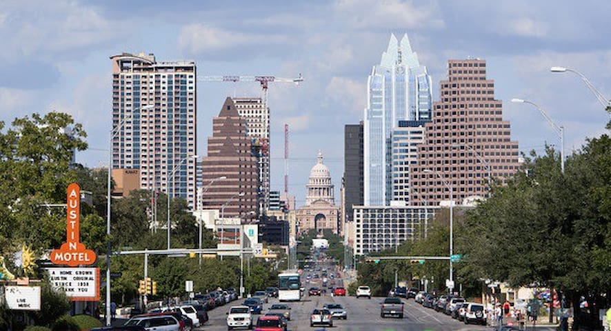 A view of South Congress & downtown, just a few blocks away.
