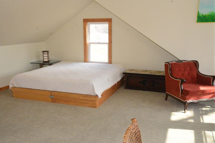 King size bed.