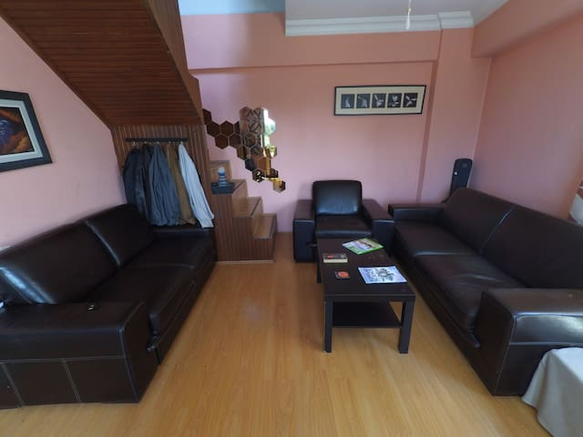 2 cozy rooms for travellers - Kağıthane - Huis