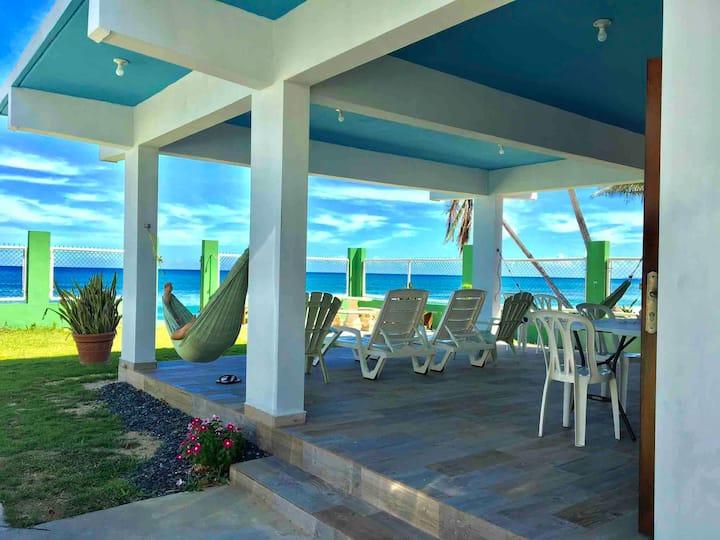 Beachfront House Villa Paz Rincón 🌴