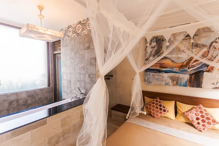 Lovely private Suite with amazing bathtub!  - Ubud - Pis