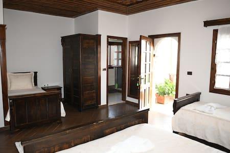 Quadruple Room, Balcony -Hotel Kaceli