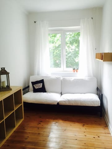 Gemütliches Schlafsofa - Berlijn - Appartement