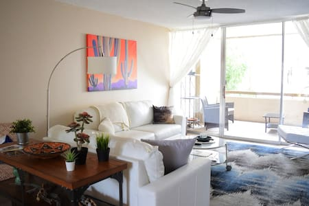 Beautiful 1 Bedroom Condo In Old Town Scottsdale