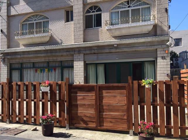 傑仕堡 II 館 - 海外華人第一首選( 整層出租 ) - Pingzhen District - House