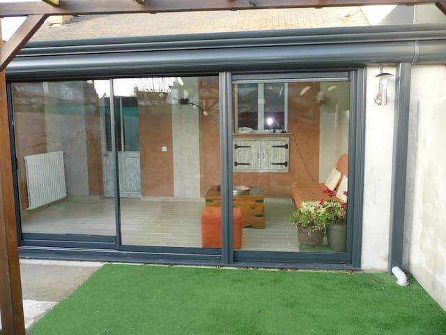 maison  sympa  proche circuit et centre - Ле-Ман - Дом