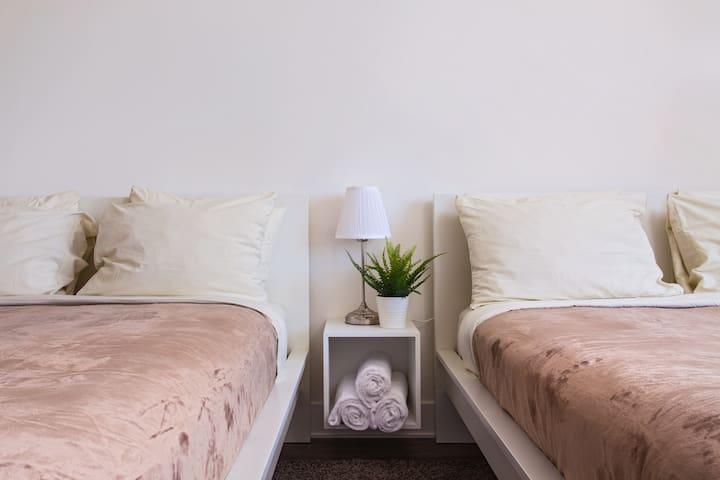 DeLux pr//room btw SantaMonica/Venice/Beverly