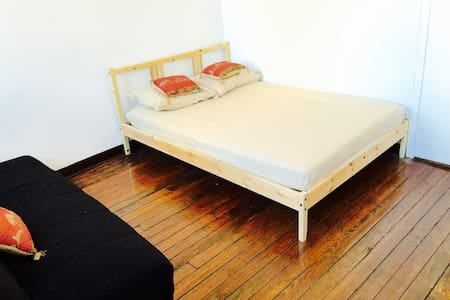 2 bedroom apt in TIMES SQUARE! NYC! - New York - Apartment