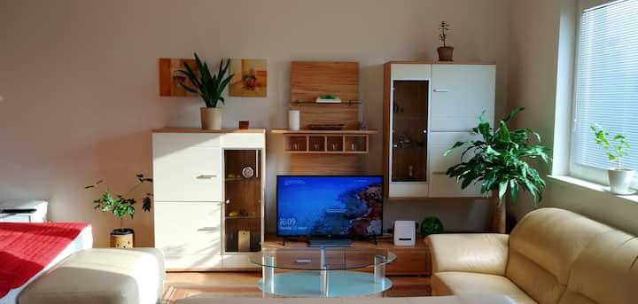Cozy apartment, 2km BTS Airport, 800m IKEA