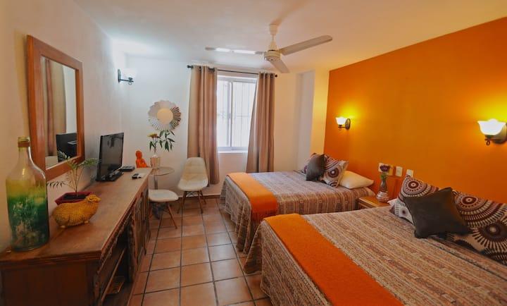 STUDIO @Boutique Hotel-Romantic ZONE-Muertos Beach