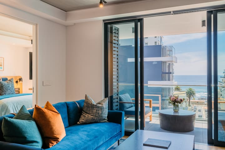 Brand New 2 Bed Sea View Apt Sea Point | Latitude