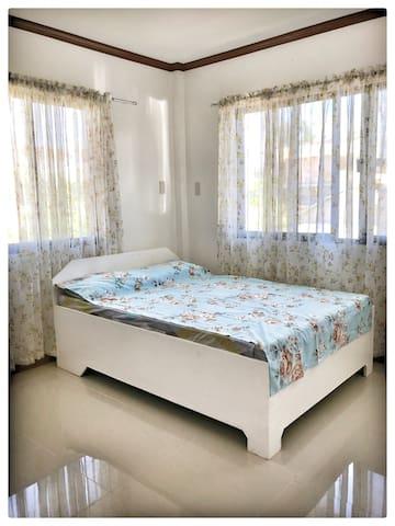 Hilongos , Leyte, PH, Apartment, PULAG Room