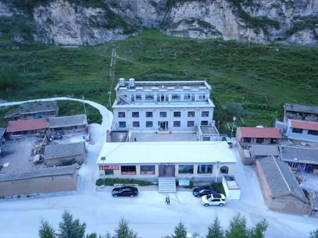 山景风光别墅——您大山里的家(305)
