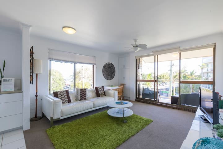 Mooloolaba Beachside Apartment - Mooloolaba - Daire