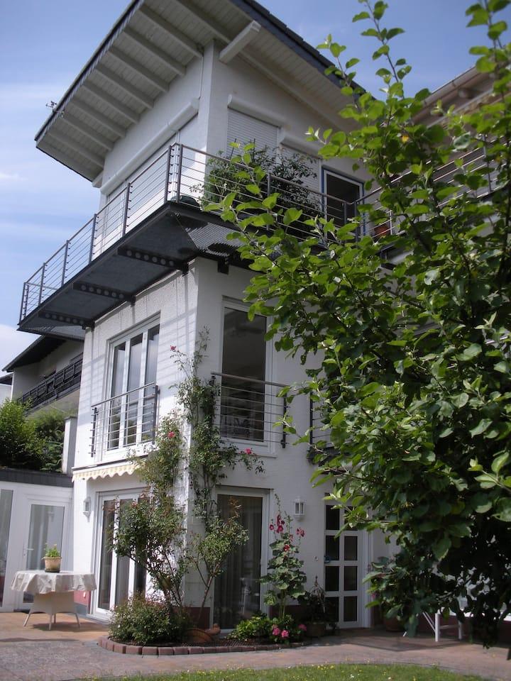 """Tolle Komfort-Wohnung """"Natur Pur"""" mit  Ausblick"""