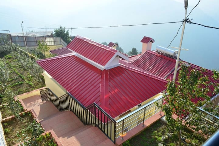 Luxury Cottages In The Heart Of Himalayas - Shimla - Pis